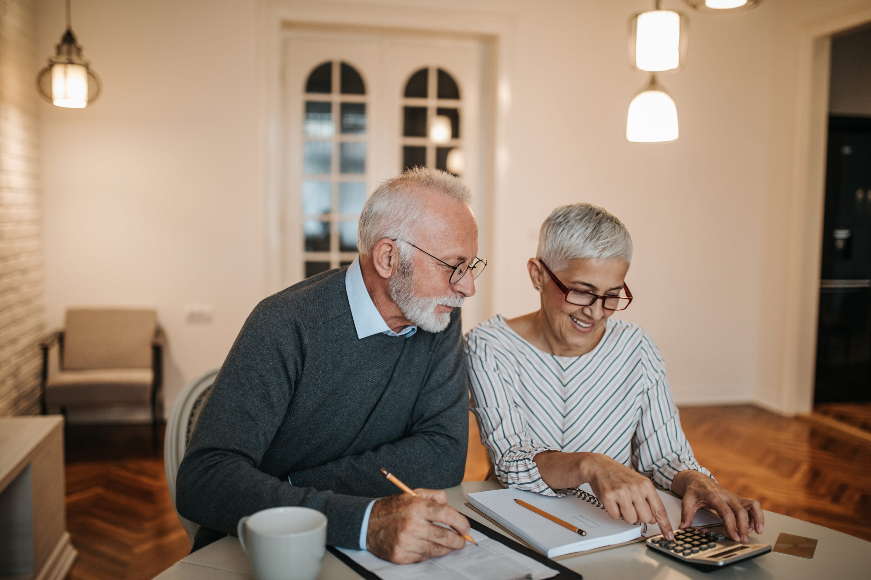 Senior coupld checking finances | Beltone Hearing